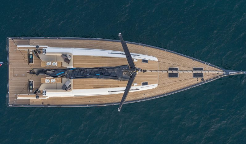 First Yacht 53 lleno